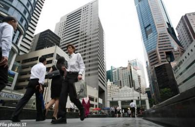 MOM: Job vacancies up in 2012