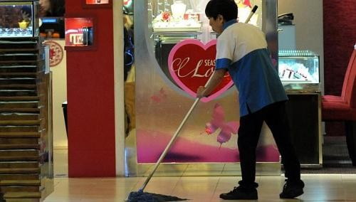 'Cut number of cleaners' to keep Singapore clean