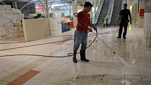 NTUC wants cleaning firms to follow wage guide