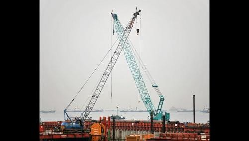Many locals asking about being crane operators