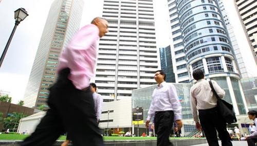 Public sector 'lags behind in pay for rehired staff'