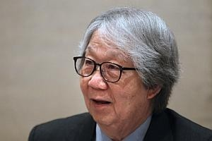 Tommy Koh named Great Negotiator Award winner
