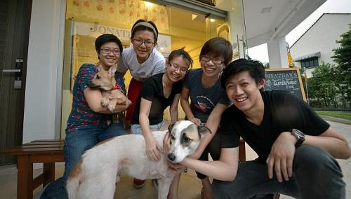 Raising dough for disabled dogs