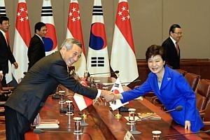 S'pore remains pro-business, welcomes investments: PM