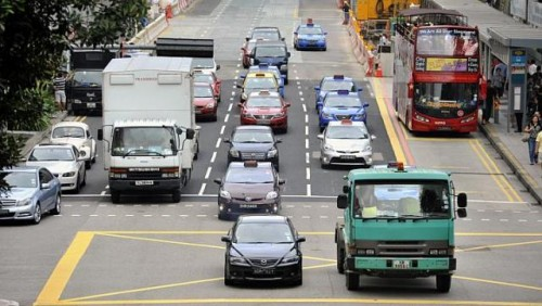 Booking apps set new course for taxi business