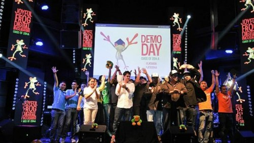 International start-ups 'demo' ideas to raise funds