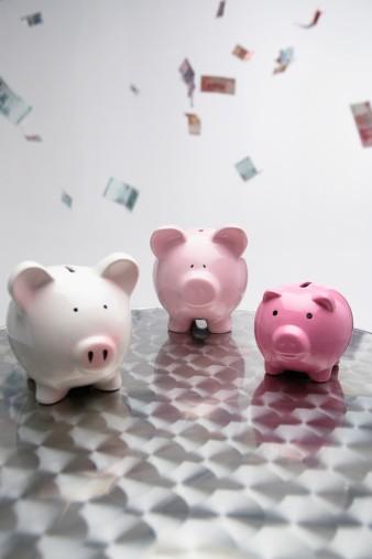 Local investors want income, harbour home bias: survey