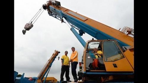 Experienced crane operators wanted