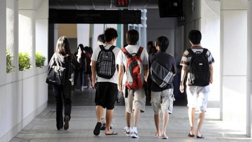 Job prospects and salaries remained good for poly grads last year