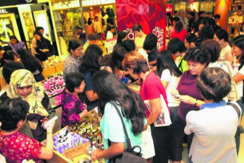 Retail and infocomm sectors see improvement