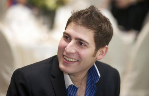 Eduardo Saverin: Billionaire investor in Singapore start-ups