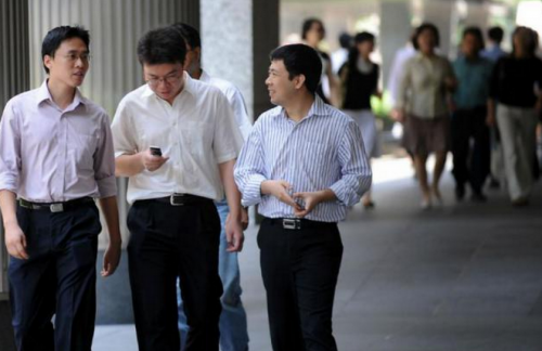 Medium-sized firms to hire most aggressively in second half 2015