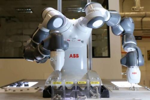 Can Singapore's labour crunch spark a robot revolution?