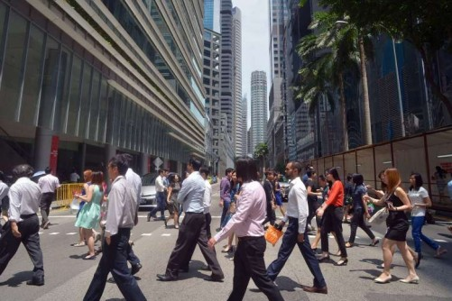 Singapore managers can expect pay increases of 5% at most this year
