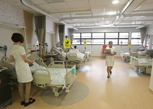 More help for mid-career workers to move to healthcare jobs