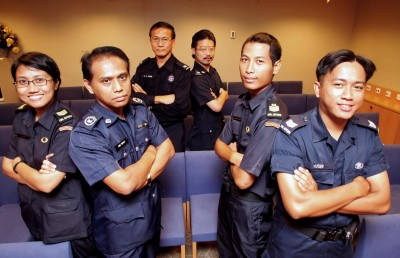 Home Team to hire 2,100 officers