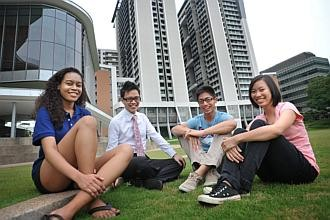 One in 10 offered place at Yale-NUS