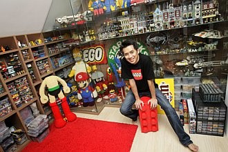 Architect by day, Lego builder by night