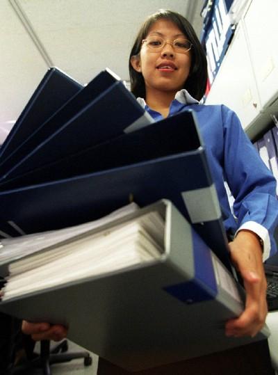 Finance staff 'lead in working overtime'