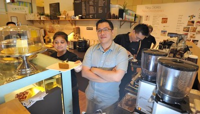 Cafe job? S'poreans simply not interested
