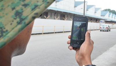 SAF makes push into mobile apps
