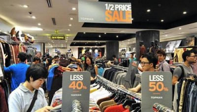 Retailers still facing labour crunch despite raising wages